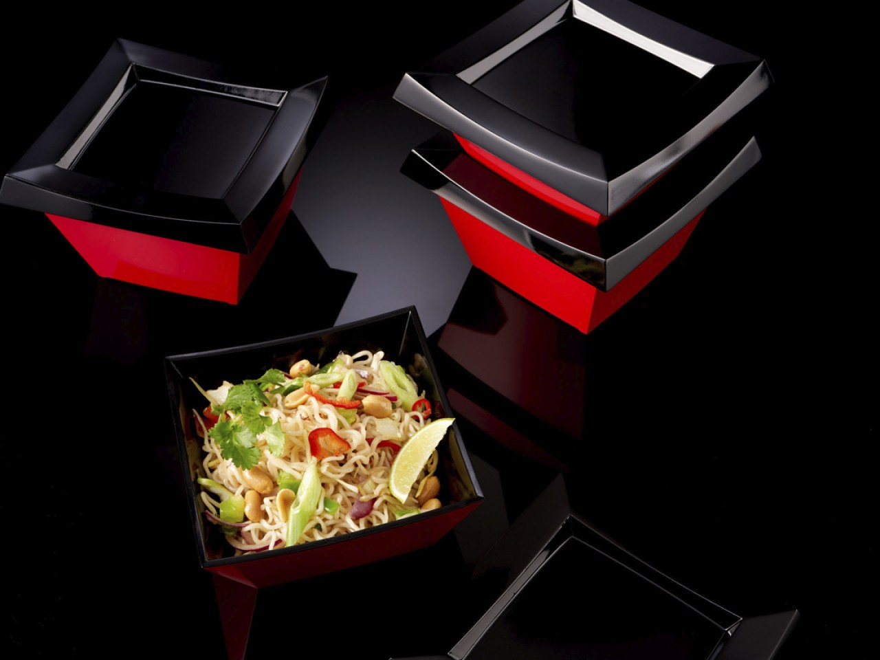 Take Back - Designing a returnable and reusable takeaway packaging innovation concept.